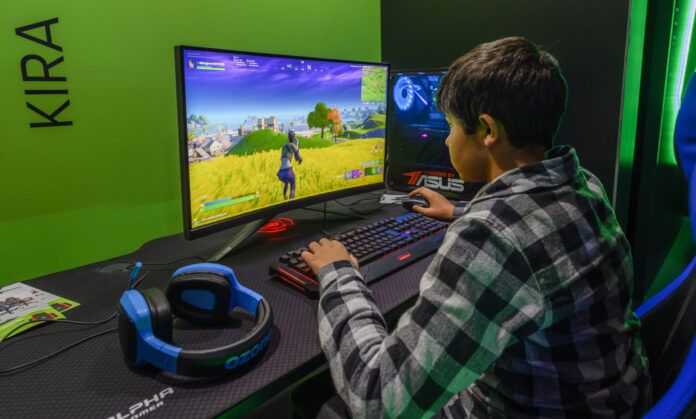 Epic removed police cars from 'Fortnite'