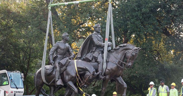 Poll: Majority of Americans Oppose Removing Confederate Statues
